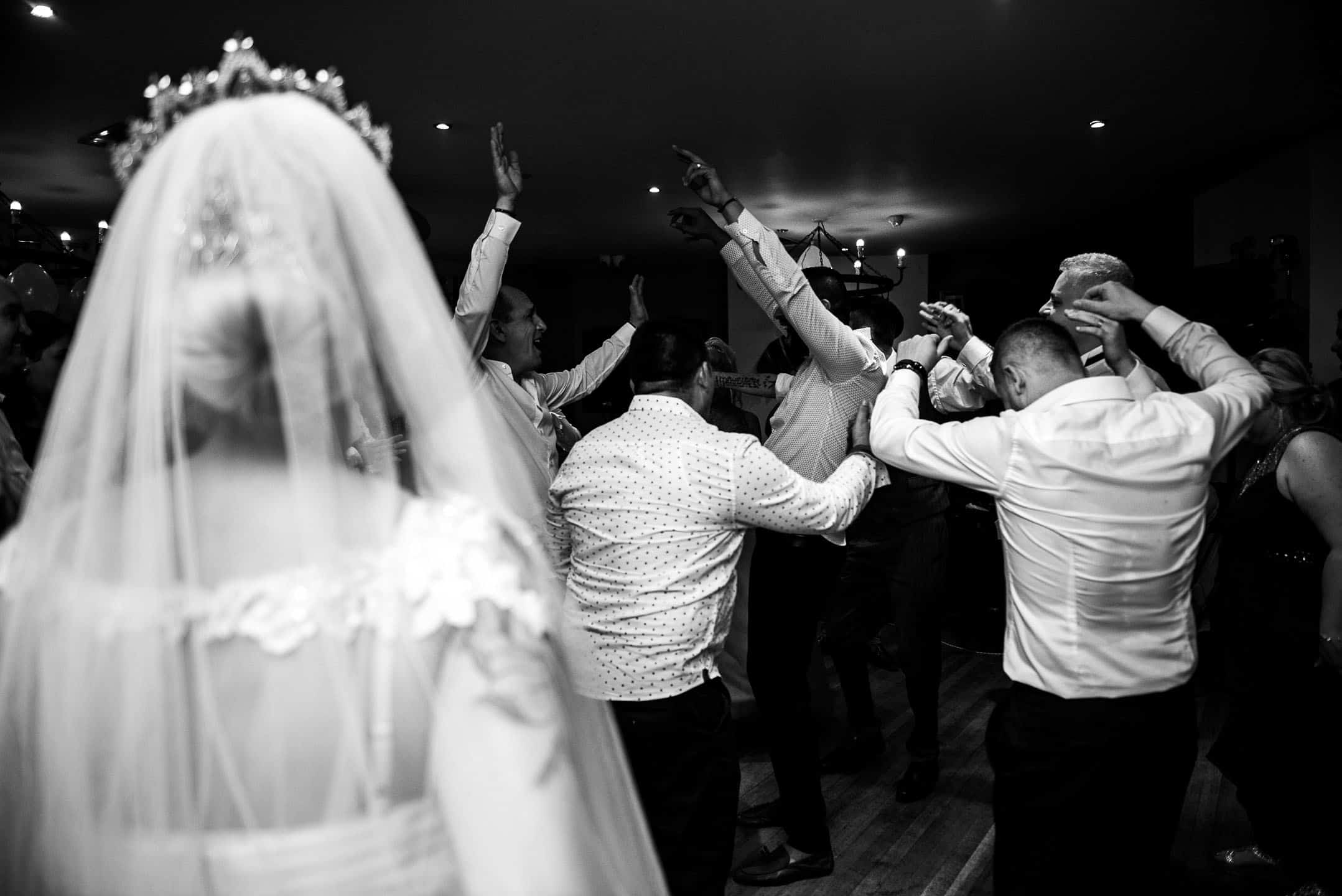 Manchester Wedding Photography by Alin Turcanu photographer party